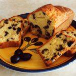 Cake au parmesan et aux olives noires