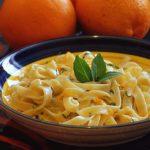 Tagliatelles au basilic et à l'orange