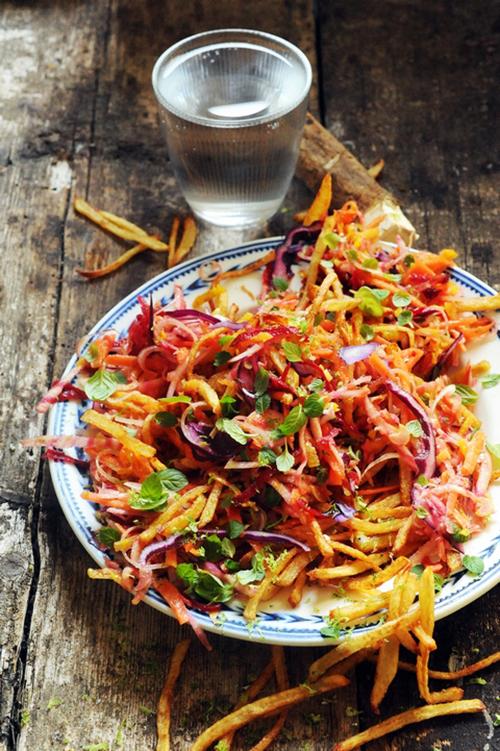 salade aux frites allumettes et crudités