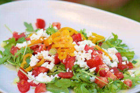 Salade d'été à la roquette